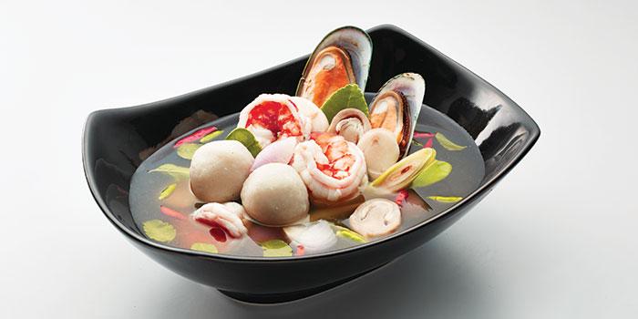 Cha-Thai-Clear-Tom-Yum-Soup