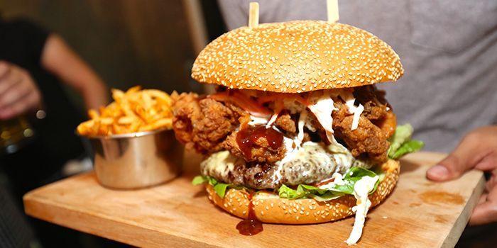 The_Beast_Burger_JPG_1445246647.JPG