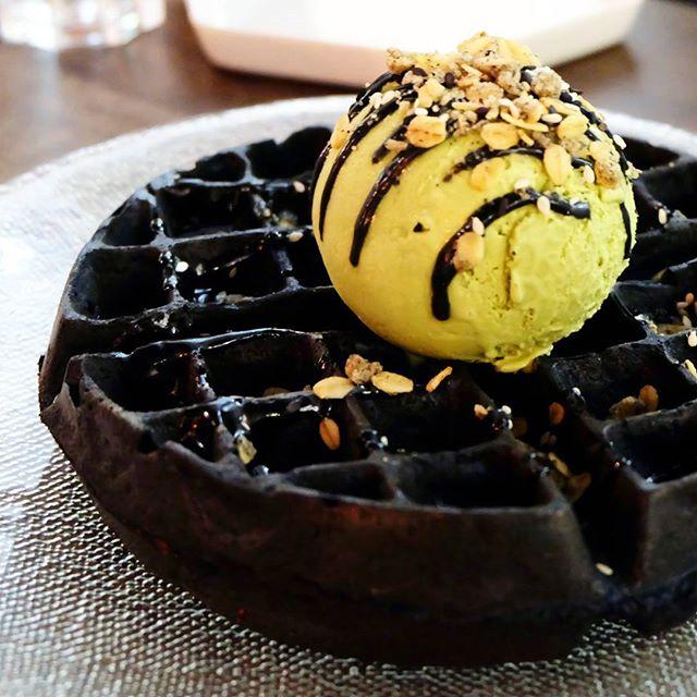 black-velvet-waffle