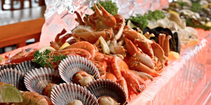 Equinox_Seafood_jpg_1402285406