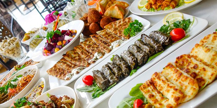 Kazbar_Food_Spread_2_jpg_1453695824.jpg
