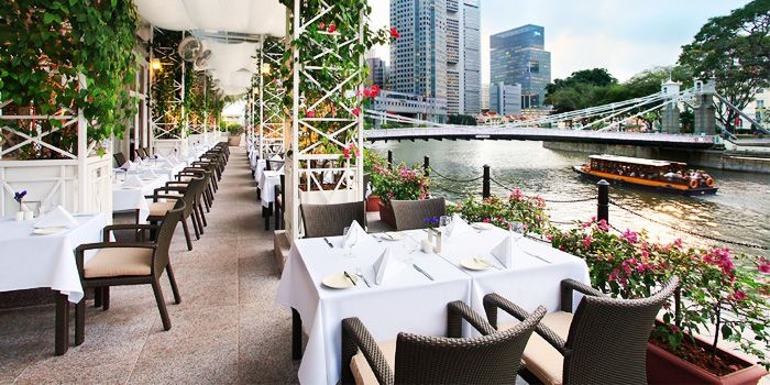 town_restaurant_al_fresco_jpg_1358908042