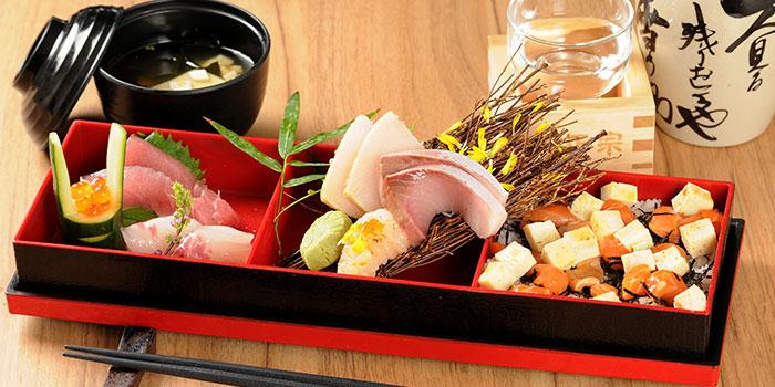 Marukyu-Chirashi-Sushi