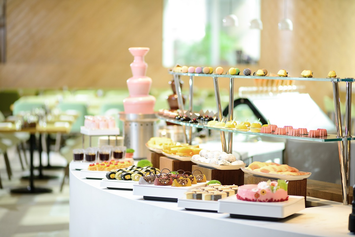 The Place_Dessert Counter_horizontal