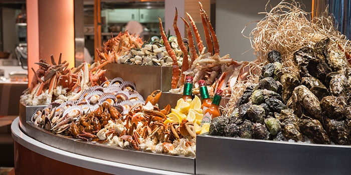 The Line Sunday-Chamapgne-Brunch---Seafood-on-Ice