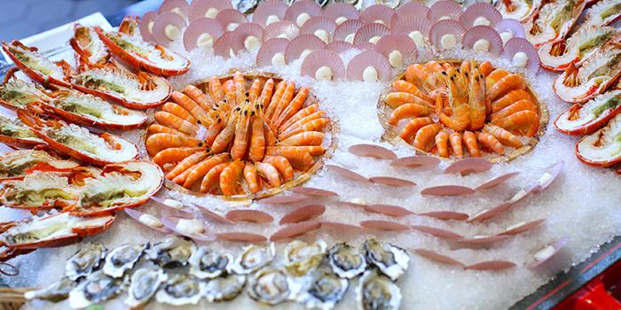 Atrium-Seafood-Indulgence